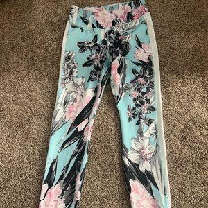 Nike floral legging NWT
